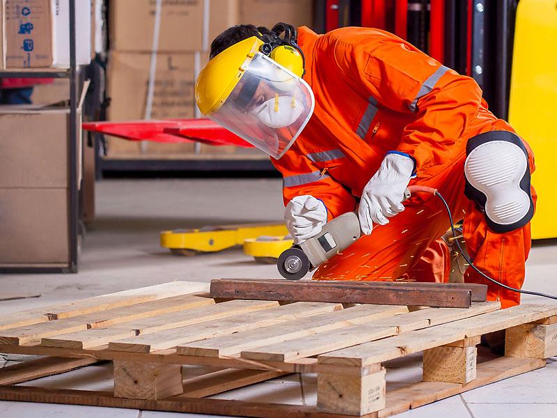 csm-servizi-cooperativa-facchinaggio-facchini-logistica-modena-ambiente-lavoro-ceramica-meccanica